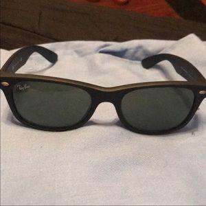 Men's Black RAYBAN sunglasses